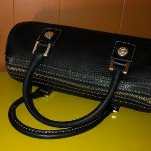 Michael Kors Bags - Michael Kors Black Pebbled Leather Barrel Satchel